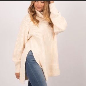 Free People Eleven chunky side slit sweater size S